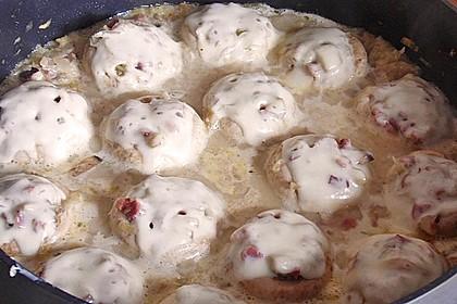 Illes leicht gefüllte Champignonköpfe auf Ofenkartoffeln 36