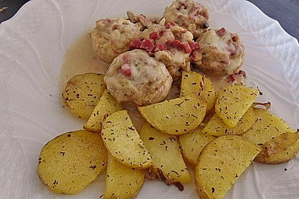 Illes leicht gefüllte Champignonköpfe auf Ofenkartoffeln 37