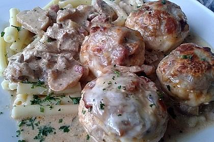 Illes leicht gefüllte Champignonköpfe auf Ofenkartoffeln 10