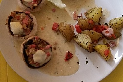 Illes leicht gefüllte Champignonköpfe auf Ofenkartoffeln 33