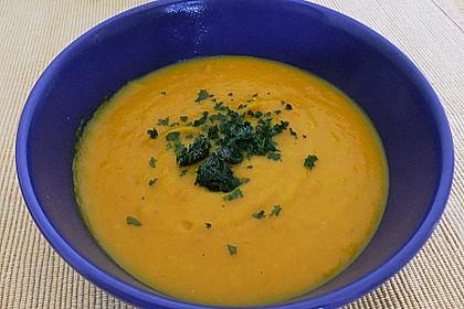 Kürbis-Apfel-Suppe 16