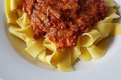 Nudeln in leichter, sämiger Thunfisch-Tomaten-Käse Sauce 50