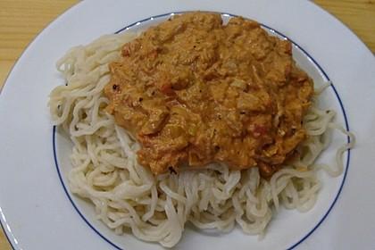 Nudeln in leichter, sämiger Thunfisch-Tomaten-Käse Sauce 102