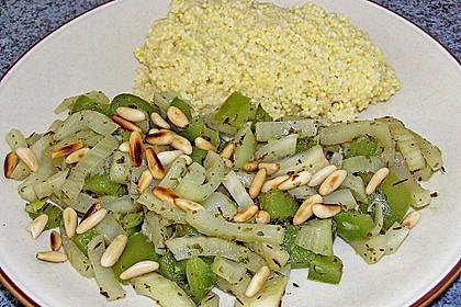 Fenchel - Paprika - Gemüse mit Hirse und Pinienkernen