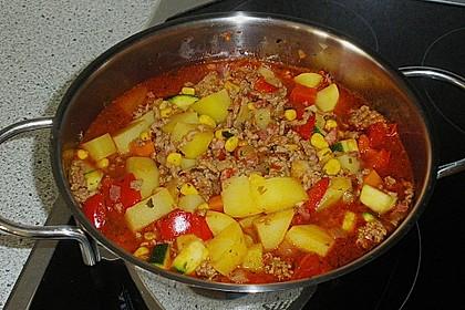 Bunter Fleisch-Kartoffel Topf - Bauerneintopf 15