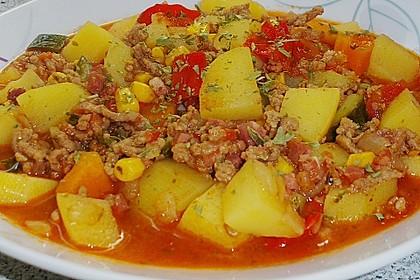 Bunter Fleisch-Kartoffel Topf - Bauerneintopf 14
