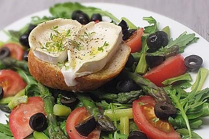 Mediterraner Salat mit gebackenem Ziegenkäse