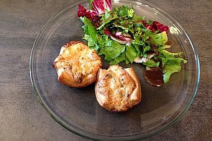 Mini - Quiches mit Krabben (Bild)