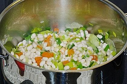 Bohnensuppe mit weißen Bohnen 18