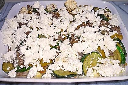 Zucchini - Hackfleisch - Auflauf mit Feta 11