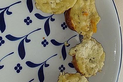 Herzhafte Muffins mit Schafskäse 10