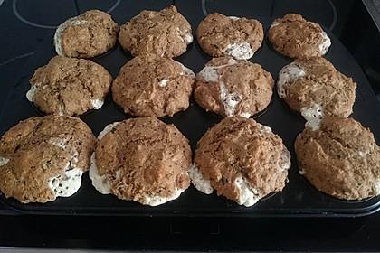 Herzhafte Muffins mit Schafskäse 9