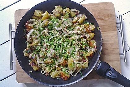 Bratkartoffeln mit Porree und Käse 2