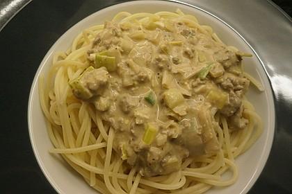 Spaghetti mit Käse - Hackfleisch - Sauce