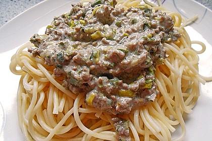 Spaghetti mit Käse - Hackfleisch - Sauce 2
