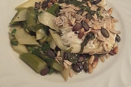 Limandesfilets mit Basilikum und grünem und weißem Spargel 2