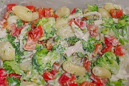 Leichter Gnocchisalat