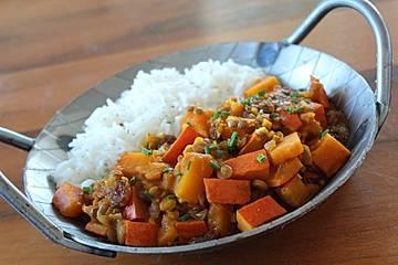 Kürbis-Linsen-Curry