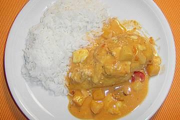 Exotisches Hähnchenbrust - Curry