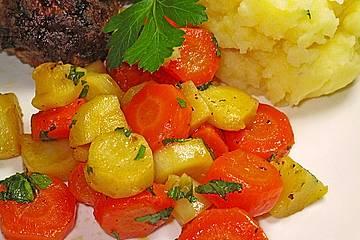 Wurzelpetersilie - Karotten - Gemüse