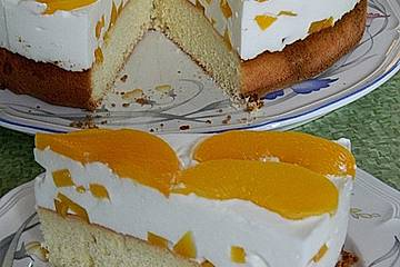 Pfirsich - Joghurt Torte mit Vanillehauch