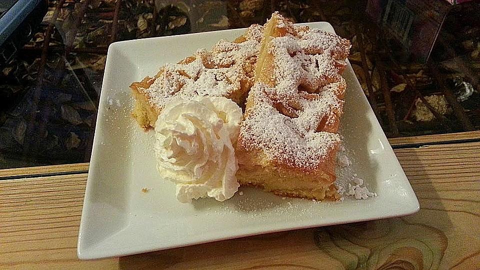 Apfelkuchen vom Blech von happycook75 | Chefkoch