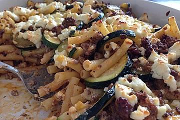 Zucchini - Nudelauflauf mit Lammhack