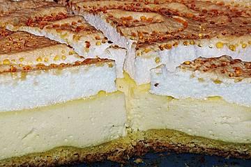 Käsekuchen mit Goldtröpfchen - Baiser