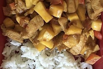 Hühnerbrustfilets mit Mango und Erdnussbutter