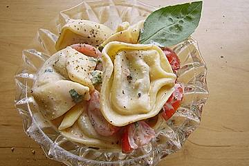 Italienischer Tortellinisalat mit Ricottacreme