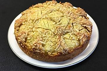 Saftiger Apfelkuchen mit Nusskruste