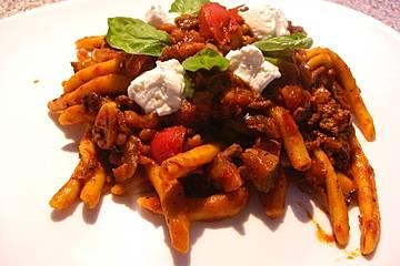 Nudeln mit Paprika - Hackfleisch - Sauce