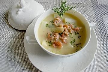 Spargelcremesuppe mit Krabben