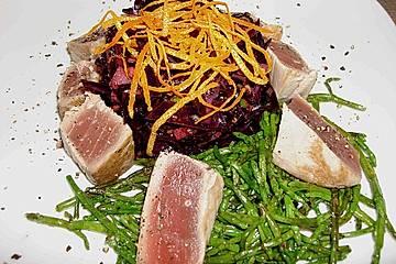 Rotkohlsalat mit Thunfisch und Seealgen