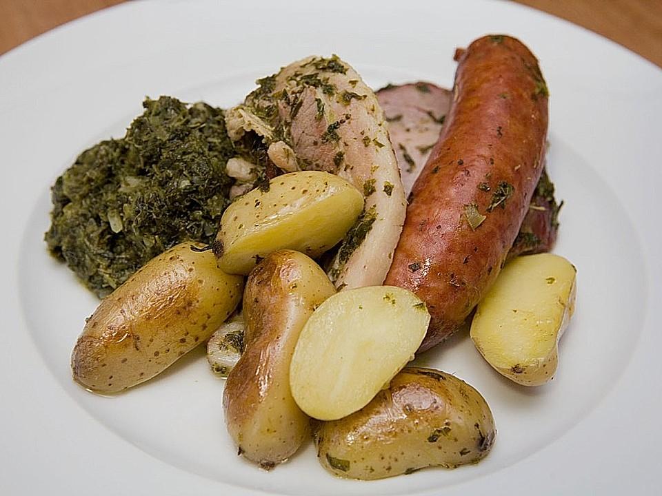Grünkohl mit Kasseler, Mettwürstchen und Kartoffeln von chefkoch | Chefkoch