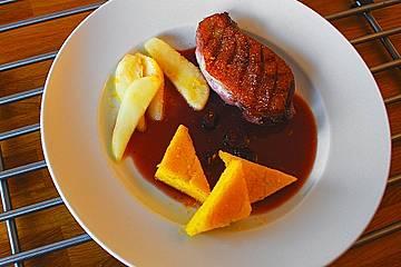 Barbarie - Entenbrust mit karamellisierter Nashi und Cranberrysauce