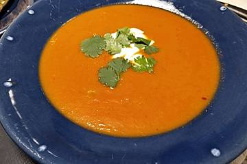 Feurige Apfel - Tomaten - Suppe