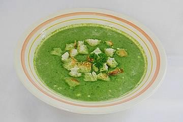 Kalte Spinat-Käse-Suppe