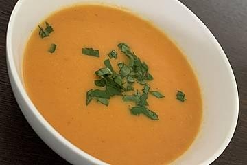 Karottensuppe mit Curry
