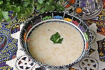 Suppe Djo - persische Gerstencremesuppe
