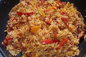 Paprika - Tomaten - Reis - Pfanne mit Debrezinern