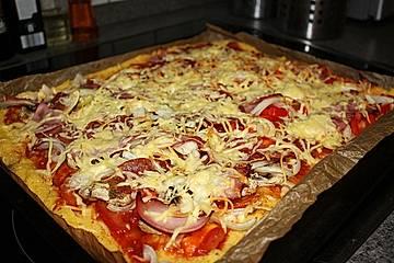 Polenta - Pizza mit Gemüse