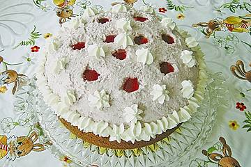 Rotwein - Sahne - Torte mit Cassislikör und Gelee
