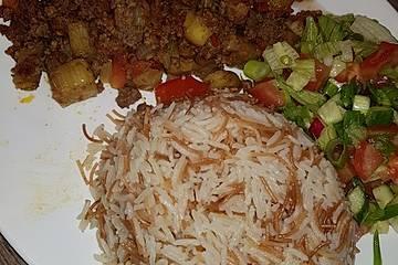 Arabische Hackfleisch - Gemüse - Pfanne mit Couscous