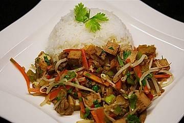 Asiatisches Wok-Gemüse mit Tofu