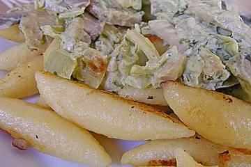 Schupfnudelpfanne mit Bärlauchfrischkäsesauce