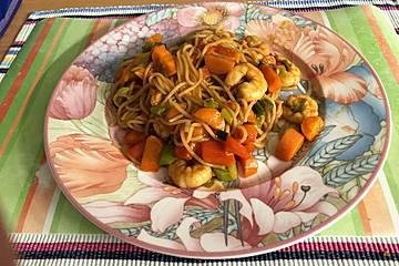 Chinesische Nudel - Krabben - Pfanne