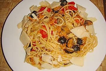 Spagetti Pangrattato e Olive