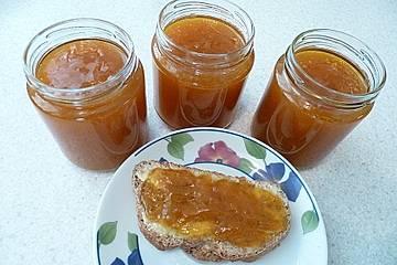 Aprikosenmarmelade mit Tequila und Zimt