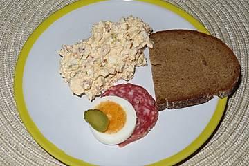 Salami - Aufstrich mit Ei